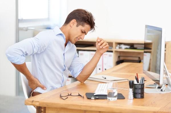 Cần kiêng ngồi một chỗ quá lâu có thể khiến bệnh nghiêm trọng hơn