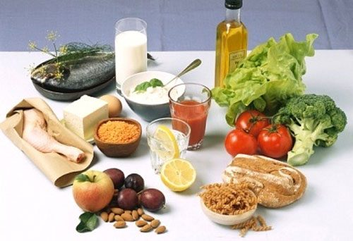Trong thực đơn ăn uống của người bệnh cần lựa chọn những thực phẩm giàu dinh dưỡng