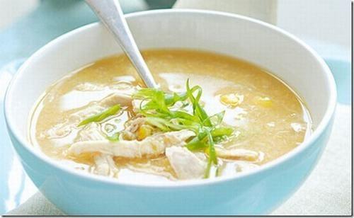 Các món súp có chứa nhiều tinh bột giúp lớp lót niêm mạc dạ dày