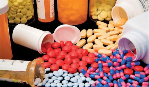 Thuốc chữa viêm đại tràng chủ yếu là các loại thuốccó tác dụng chống viêm, ức chế miến dịch và làm giảm triệu chứng bệnh.