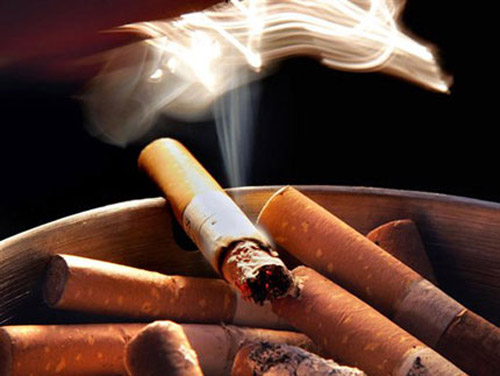 Hạn chế uống rượu bia, đồ uống có cồn, có ga, cà phê, trà đặc... Đặc biệt, phải nói không với thuốc lá và các chất kích thích độc hại khác.