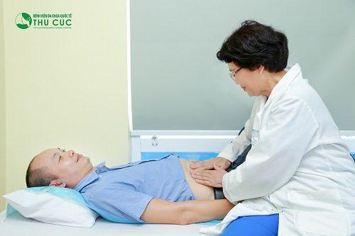 Người bệnh cần đi khám để bác sĩ chẩn đoán chính xác tình trạng sức khỏe, từ đó có biện pháp điều trị phù hợp