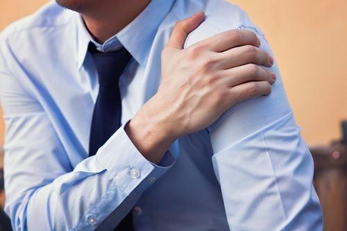 Trật khớp là tổn thương nguy hiểm ảnh hưởng đến khả năng vận động