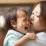 Cha mẹ cần làm gì khi trẻ 2 tuổi quấy khóc không rõ nguyên nhân?