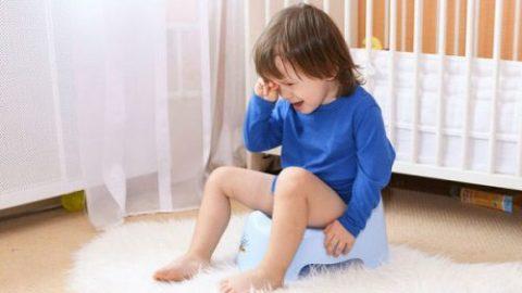 【Cần biết】 Trẻ bị kiết lỵ có UỐNG SỮA được không?