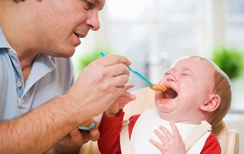 Nắng nóng khiến trẻ dễ mắc các bệnh về đường tiêu hóa