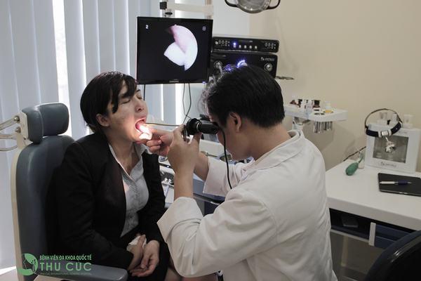 Người bệnh cần đi khám ngay để bác sĩ chẩn đoán sớm bệnh