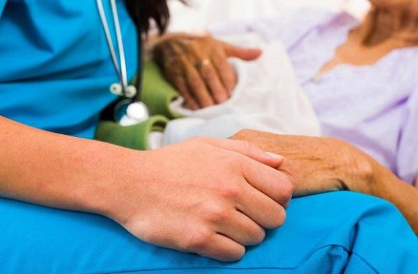 Người bệnh cần được chăm sóc đặc biệt để ổn định tinh thần, sức khỏe và kéo dài cơ hội sống