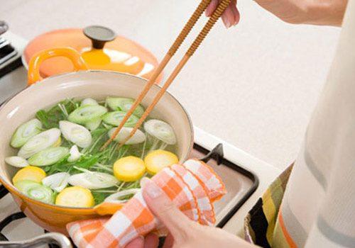 Để phòng nhiễm vi khuẩn HP cần tuân thủ chế độ ăn uống đúng cách, đảm bảo an toàn vệ sinh thực phẩm