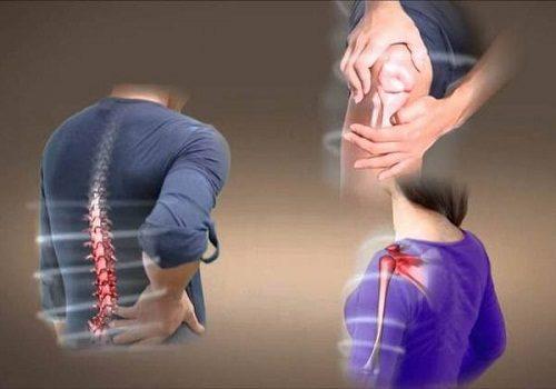 Khi chụp X-quang sẽ phát hiện các khối sụn, xương bất thường trong mô