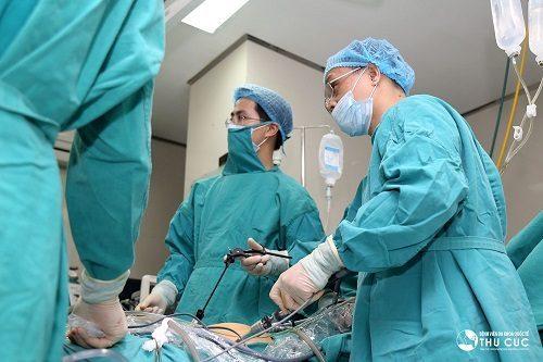 Phẫu thuật là phương pháp điều trị chính cho bệnh viêm ruột thừa