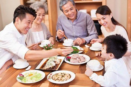 Thay đổi chế độ ăn uống và sinh hoạt hàng ngày sẽ giúp phòng viêm trực tràng hiệu quả