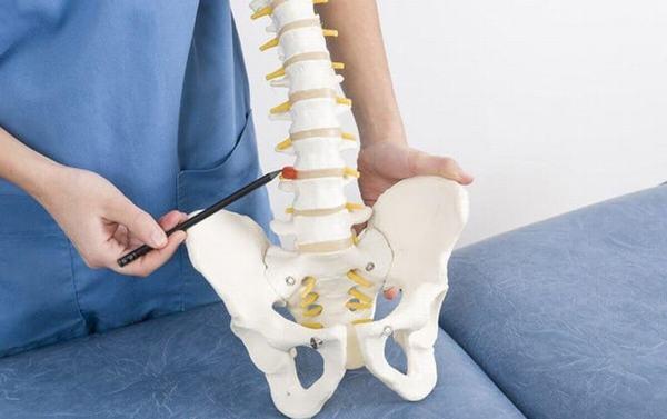 Vôi hóa xương khớp có thể gặp ở cả người trẻ