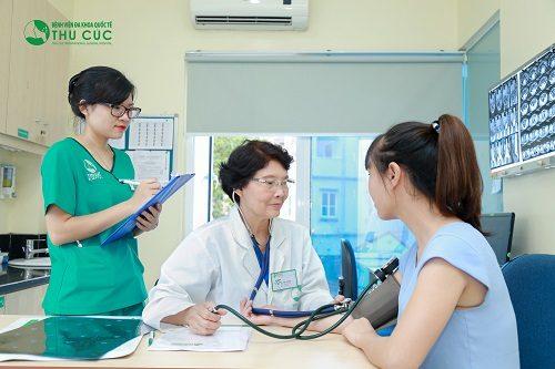 Người bệnh cần đi khám để bác sĩ chẩn đoán chính xác tình trạng sức khỏe để có biện pháp chữa trị phù hợp