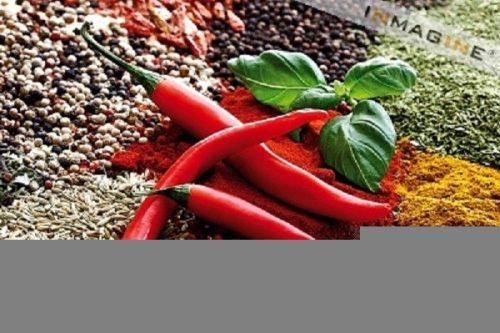 Những gia vị mạnh như giấm ớt, tiêu, tỏi… không tốt cho người bị xuất huyết tiêu hóa.