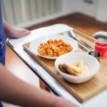 Ăn gì sau khi điều trị ung thư vú bằng phẫu thuật?