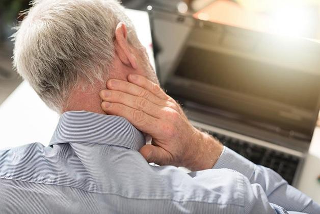 Bệnh đau nửa đầu sau gáy bên phải là dấu hiệu của bệnh đau đầu vận mạch