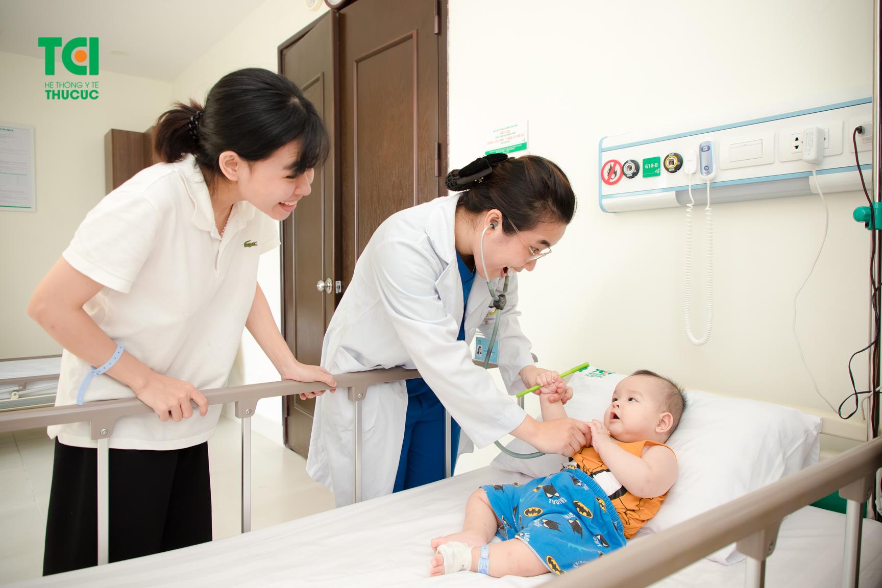 Bệnh ho gà trẻ em được điều trị kịp thời sẽ tránh được những biến chứng nguy hiểm đe dọa sức khỏe và tính mạng