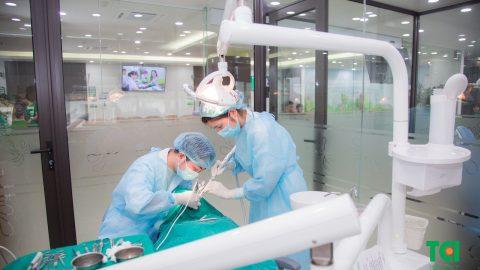 Chi tiết ưu và nhược điểm của các phương pháp trồng răng
