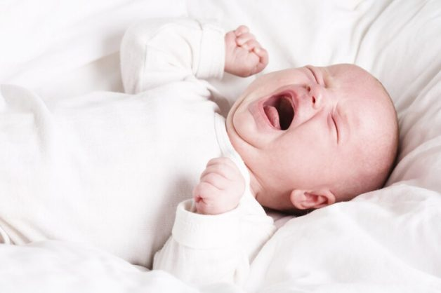 Có nhiều nguyên nhân khiến trẻ sơ sinh bị đi ngoài