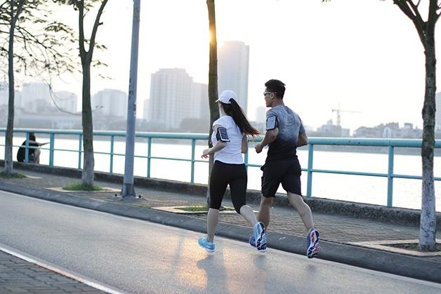 Đau nửa đầu điều trị bằng cách tập luyện thể dục thể thao thường xuyên