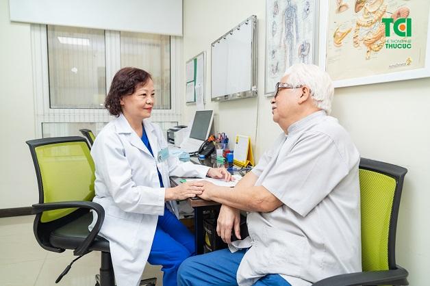 Khám lầm sàng nội tiết cho phép bác sĩ nhận diện ban đầu, từ đó đưa ra các chỉ định phù hợp tiếp theo