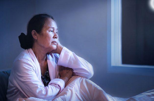 Triệu chứng thoái hóa khớp gối ảnh hưởng như thế nào tới người bệnh?