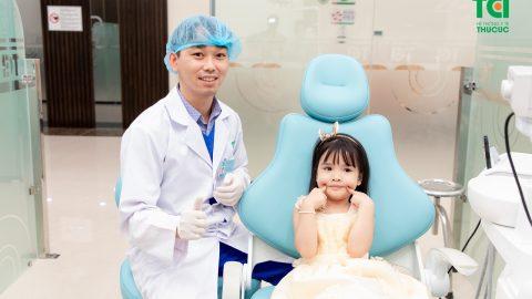 Có nên nhổ răng sữa sớm cho trẻ?