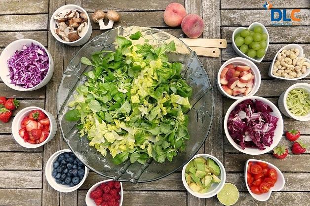 """Thực phẩm lợi niệu và dễ tiêu hóa là nhóm thực phẩm người bệnh cần bổ sung trong thực đơn """"sau khi tán sỏi thận nên ăn gì?"""""""