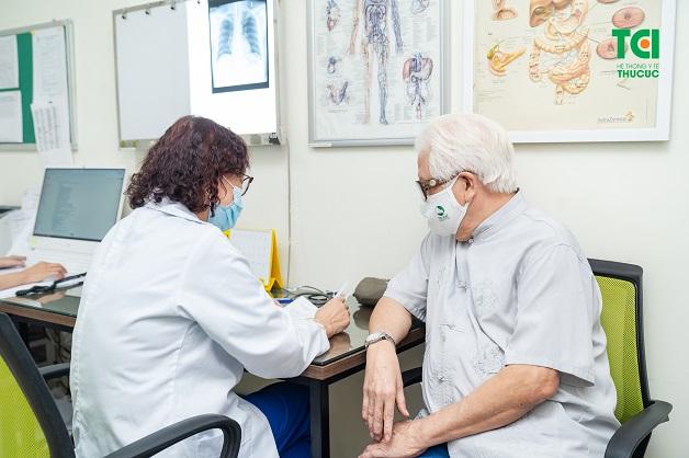 Các loại thuốc được chỉ định cho các bệnh nhân này cần được kê bởi bác sĩ để đạt hiệu quả và hạn chế tác dụng phụ.
