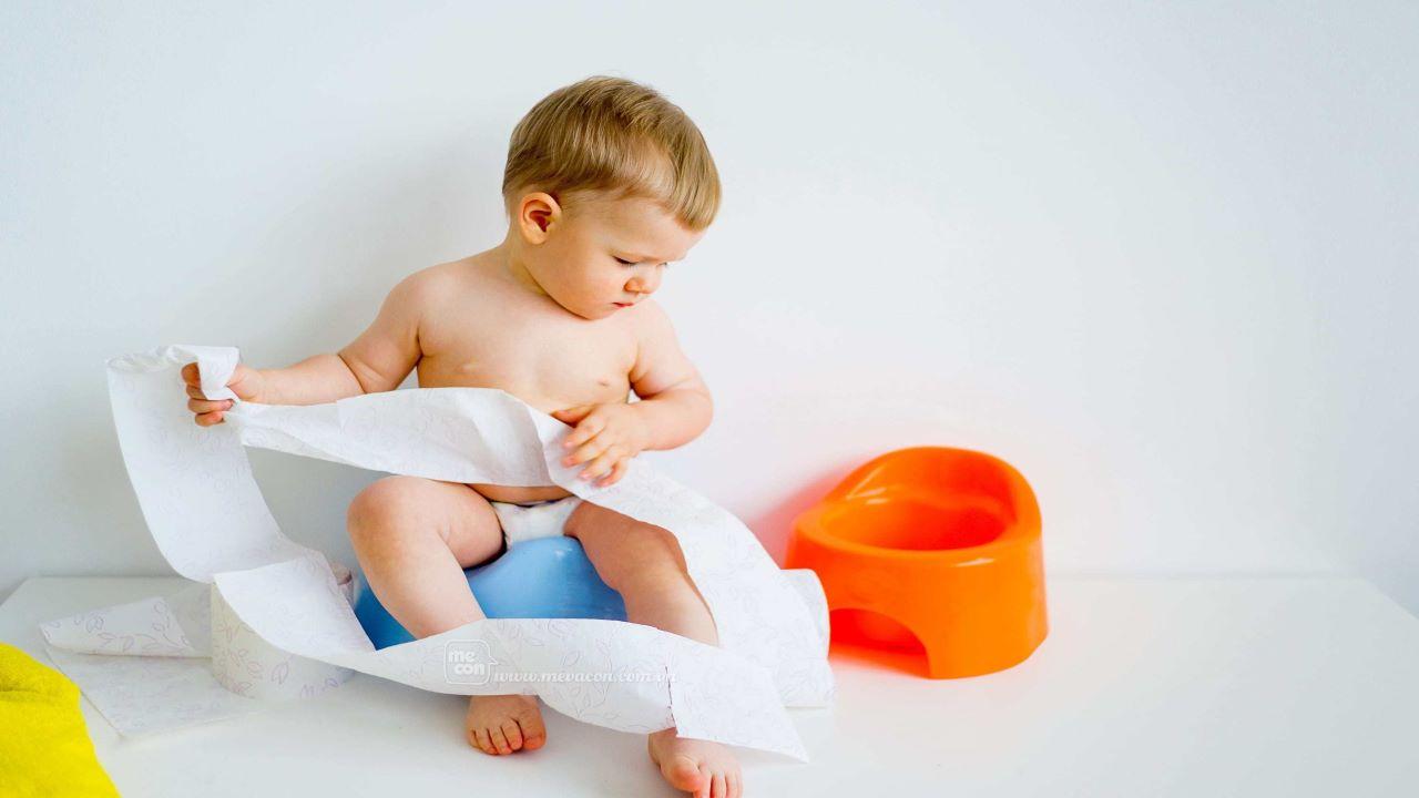 Trẻ 7 tháng tuổi bị táo bón và những lưu ý cha mẹ không nên bỏ qua?