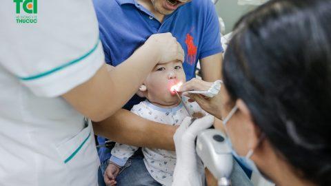 Trẻ em bị viêm amidan cha mẹ cần làm gì?