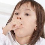 Viêm đường hô hấp trên ở trẻ em, cha mẹ cần làm gì?
