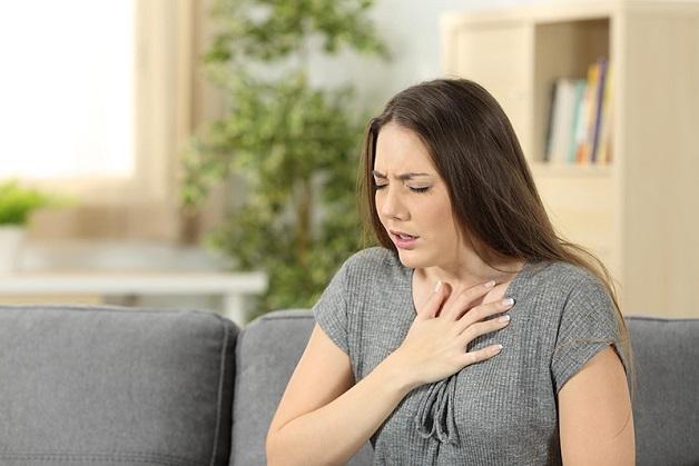 Thiếu máu nuôi cơ tim trong thời gian dài có thể khiến tim bị suy yếu, ảnh hưởng đến khả năng co bóp và bơm máu.
