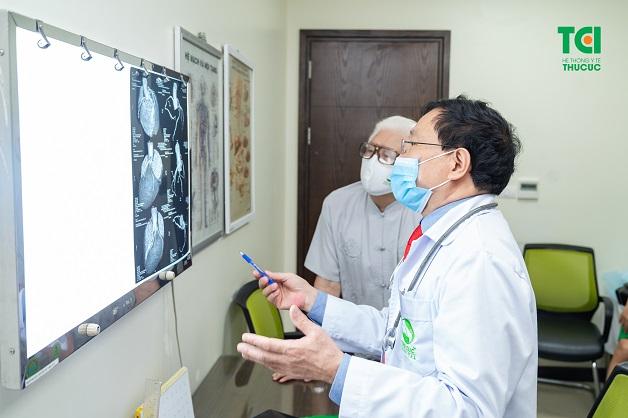 Các chẩn đoán đối với bệnh thiểu năng động mạch vành cần được thực hiện với đội ngũ bác sĩ chuyên khoa Tim mạch và các thiết bị hiện đại.