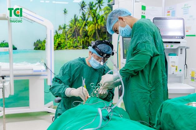 Chi phí mổ amidan phụ thuộc vào phương pháp phẫu thuật và mức độ nghiêm trọng của bệnh lý