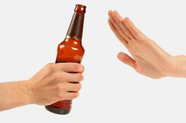Bệnh gan nhiễm mỡ độ 1 cần tránh xa rượu bia