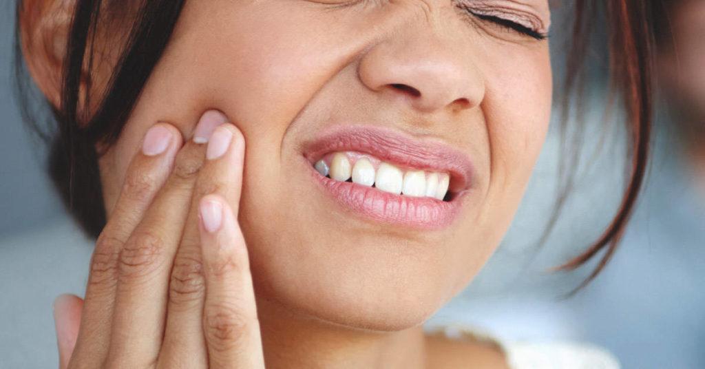 răng khôn bị tổn thương