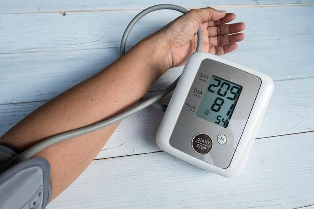 Tăng huyết áp tâm thu đơn độc là tình trạng huyết áp tâm thu trên 140mmHg nhưng huyết áp tâm trương vẫn dưới 90mmHg.