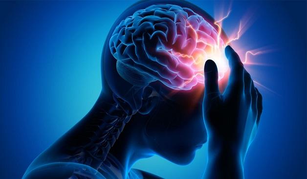 Đau đầu là triệu chứng đầu tiên và phổ biến nhất ở những bệnh nhân thiếu máu não.