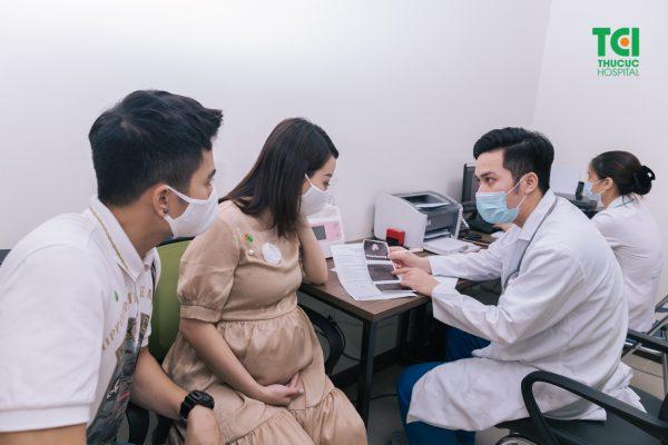 Phương pháp điều trị u nang tuyến vú khi mang thai phụ thuộc phần lớn vào tình trạng khối u nang của mẹ bầu