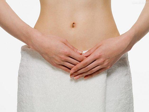 Vệ sinh vùng kín không sạch sẽ là nguyên nhân gây ra chứng tiểu buốt