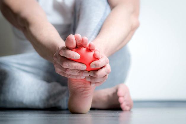 viêm khớp bàn chân là gì