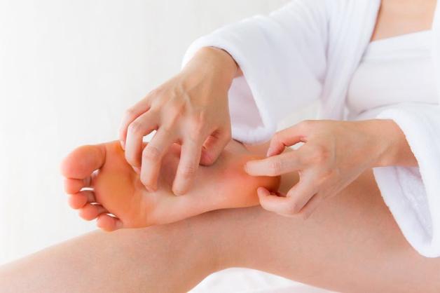 cách giảm đau lòng bàn chân