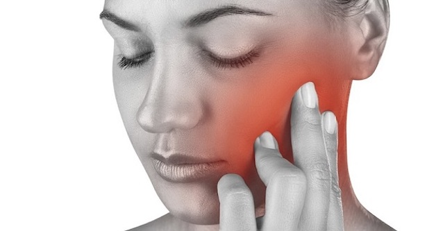 Viêm khớp thái dương hàm có nguy hiểm không