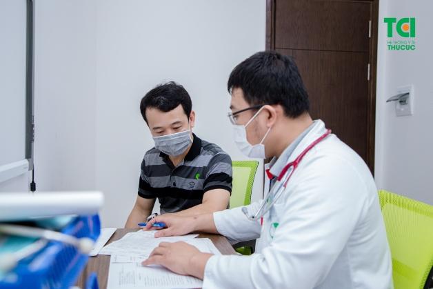 Với thắc mắc viêm tinh hoàn sau quai bị bao lâu thì khỏi, thông thường những biểu hiện của bệnh sẽ tự biến mất sau khoảng 10 đến 14 ngày.