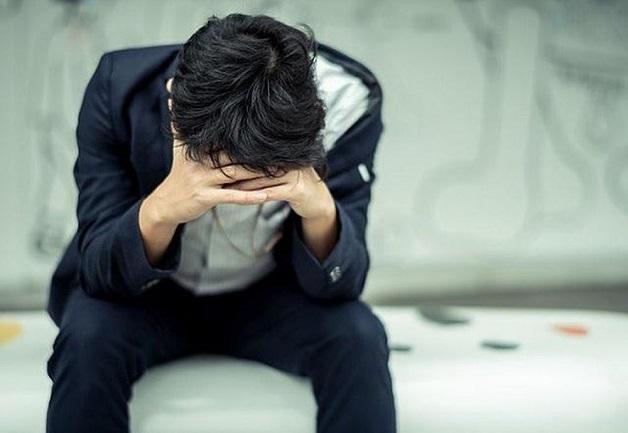 Mệt mỏi là hậu quả của việc tim làm việc kém hiệu quả, là triệu chứng mạch vành suy yếu.