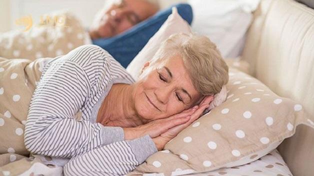 ngủ đủ giấc giúp phòng ngừa hội chứng alzheimer