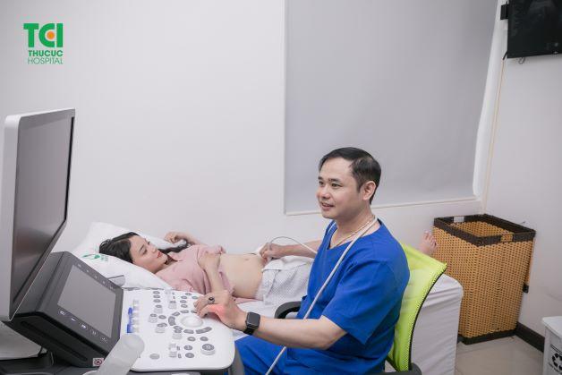 Nhờ siêu âm mà bác sĩ sẽ có thể chẩn đoán chính xác hơn về những bất thường NST.