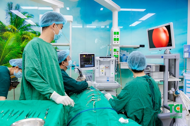 phẫu thuật viêm xoang